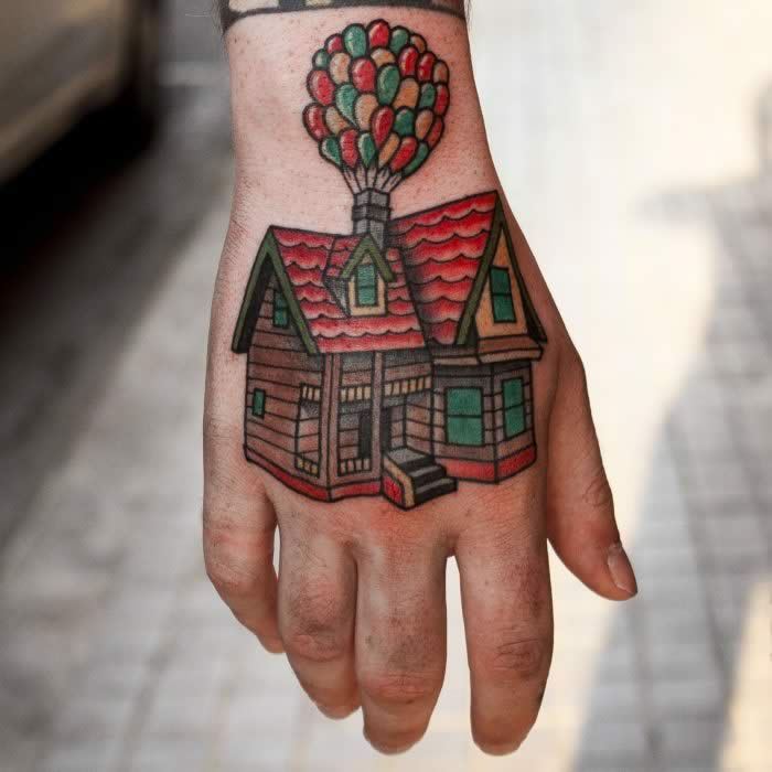 tattoo tradicional mano