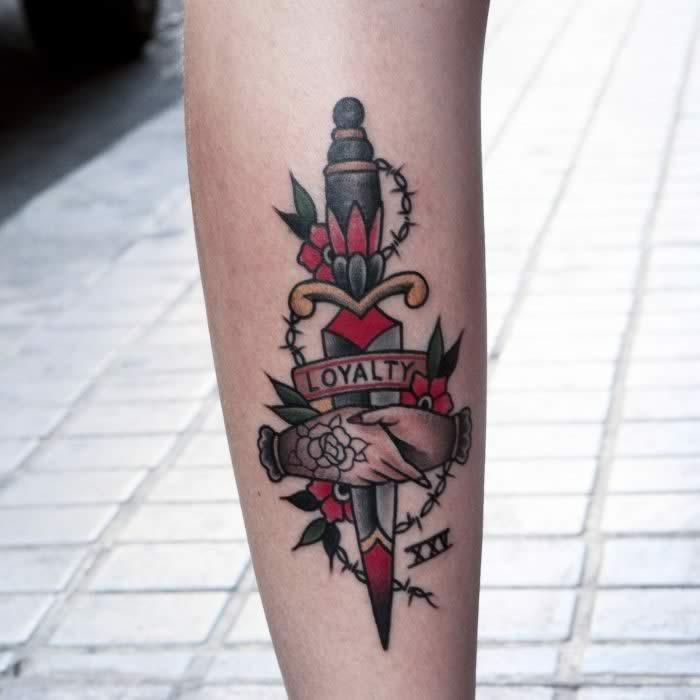 tattoo amistad brazo
