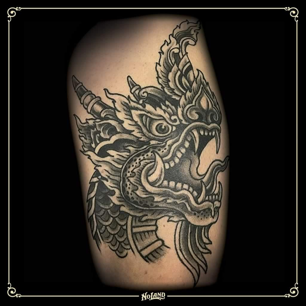 Brujo Tibetano tatuaje no land tattoo