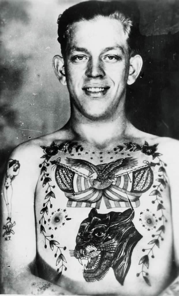 Tatuaje Aguila - artista desconocido