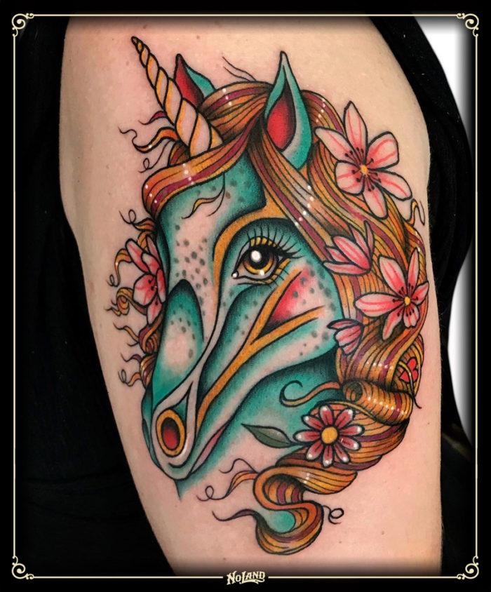 antonio polo no land tattoo parlour tradicional traditional unicornio
